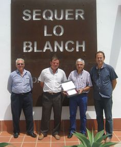 Nuestro primer premio Sequer lo  blanch, a D. Bernat Pasqual