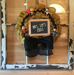 Peanuts Gang, Charlie Brown Burlap Wreath by AudraFaye❤️ Teacher Gift