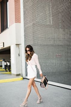 DETAILS:WHITE SHORTS(ON SALE – 75% OFF) | BLUSH TIE BLOUSE(LOVE THIS ONE | SIMILAR HEREUNDER $30)| SUEDE PLATFORM SANDALS(LOVE THESE| SIMILAR UNDER $50 HERE)| CELINE TOTE | SUNGLASSE…