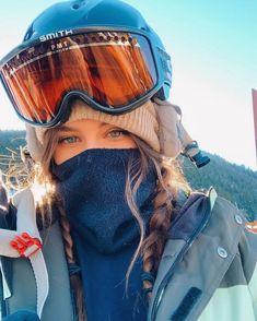 - Travel tips - Travel tour - travel ideas Ski Et Snowboard, Snowboard Girl, Ski Ski, Mode Au Ski, Snowboarding Style, Snowboarding Women, Ski Girl, Snow Pictures, Snow Outfit