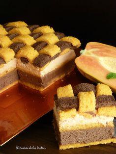 Pastel Enrejado de Papaya y Chocolate.