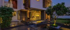 Contemporary, Sleek And Thermally Efficient Home In New Delhi 5