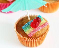 School Birthday Treats, Birthday Party Snacks, School Treats, Vanilla Muffin Recipe, Kids Party Treats, Food Humor, Something Sweet, Kids Meals, Food And Drink
