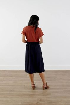 Modest Clothing, Navy Pocket Skirt, Modest Clothes Modest Skirts, Modest Outfits, Modest Fashion, Skirt Fashion, Modest Clothing, Skirts With Pockets, My Outfit, Navy, My Style