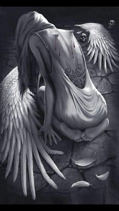 Fallen Angel Poetry: Broken Wings Once flying high above the spiritual universe, she twinkled with the stars and shone with the moon. Now she struggles for the warmth of the sun and the love, of an everlasting spirit… Fantasy Girl, World Of Fantasy, Dark Fantasy Art, Dark Art, Broken Wings Tattoo, Fallen Angel Tattoo, Angel Falls, Angel Artwork, Totenkopf Tattoos