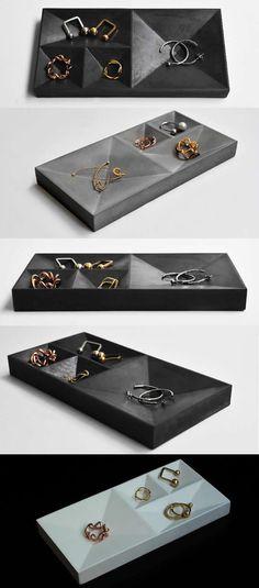 many split Concrete Jewelry Organizer Display Dish Tray Pen Pencil Holder Office Desk Stationery Organizer
