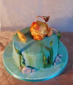 A cake fit for a trombone-playing fisherman...