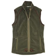 A fleece vest is an essential piece for every winter wardrobe. Though versatile and extremely functional, Barbour didn't skimp on their signature style with this one.  The Langdale Fleece Gilet from Barbour pairs great with a any shirt for a little extra warmth and is a fantastic mid-layer under any coat or jacket.