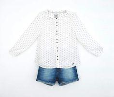 Short niña Levis y blusa Pepe Jeans, con el estampado de moda, nuestras queridas estrellitas. http://wearekiddys.com/producto.php?pid=264&cid=753&cat=3 http://wearekiddys.com/producto.php?pid=377&cid=1180&cat=3 #levis #portesgratis #wearekiddys #modaonline #verano2015 #pepejeans #ss15