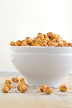 Spicy Roasted Chickpeas. This recipe is light, incredibly easy to prepare and you can use your favorite spices. This recipe is also vegan and gluten-free.