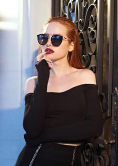 'Riverdale' Madelaine Petsch Breaks Down Her Fave Cruelty-Free Beauty Look Madelaine Petsch, Cheryl Blossom Riverdale, Riverdale Cheryl, Vanessa Morgan, Pretty People, Beautiful People, Five Jeans, Cheryl Blossom Aesthetic, Chica Cool