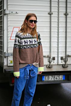 man she makes that knit look bonkers cool.  #NadjaBender #offduty in Milan.