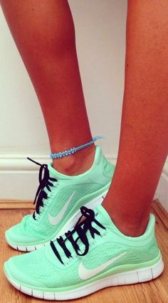 I'm so addicted to mint green right now. These would go well with my gym addiction <3