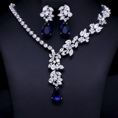 Blue Mathe - Luxury brilliant CZ Diamond Earring and Necklace Jewelry Set - Trend Diamond Necklace 2019 Luxury Jewelry, Custom Jewelry, Vintage Jewelry, Handmade Jewelry, Lila Outfits, Wedding Jewelry Sets, Bridal Jewellery, Jewellery Sale, Jewellery Holder
