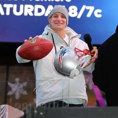 Rob Gronkowski named Grand Marshal for Bristol eNASCAR race - National Football League News Rob Gronkowski, Good News Quotes, Bristol Motors, Super Bowl Winners, Football Streaming, Kids News, Fox News App, Quotes About New Year, Nfl News