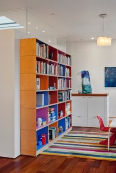 CREATIVE BOOKCASES FOR KIDS ROOM