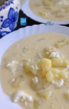 La cocina malagueña-Alsurdelsur: Gazpachuelo con arroz Spanish Dishes, Churros, Malaga, I Love Food, Cheeseburger Chowder, Oatmeal, Menu, Soup, Favorite Recipes