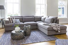 Salon cosy avec le canapé Westminster et les tables d'appoint Pebble Living Area, Living Spaces, Westminster, 5 Seater Sofa, L Shaped Sofa, Deco Furniture, Corner Sofa, My Dream Home, Living Room Designs
