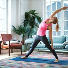 These are the dynamic warm-up stretches you should do before any workout Psoas Iliaque, Fitness Inspiration, Warm Up Stretches, Dynamic Warm Up, Morning Yoga Routine, Yoga With Adriene, Yoga 1, Low Impact Workout, Belly Fat Workout