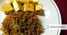 SCHNELLE ASIATISCHE KÜCHE 👌   Dieses leckere asiatisch angehauchte Gericht ist eine super Wahl, wenn man keine Zeit zum Kochen hat, da es nämlich in weniger als 30 Minuten auf dem Tisch steht. (y) 😉