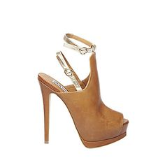 WEXLERR cognac leather women's dress high platform. Shop STEVE MADDEN Scarborough Town Centre. #shoes