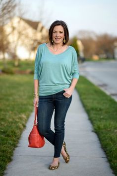 Spring fashion - dolman top and Black Orchid jeans with a hammered gold cuff all from Stitch Fix! @jolynneshane