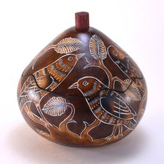 Brown Birds Gourd Box - Handcrafted keepsake box, fair trade gift for bird lovers – Dogwood Box