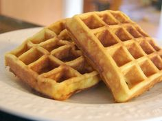 #Waffles are eaten throughout the #world, particularly in #Belgium, #France, #Netherlands, #Scandinavia, and the United #States.  世界各地的人們都吃鬆餅,特別是在比利時,法國,荷蘭,斯堪的納維亞和美國。