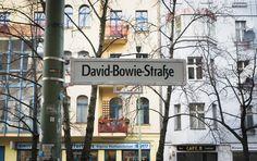 Thus Berlin says goodbye to David Bowie <3 So sagt Berlin auf Wiedersehen David Bowie