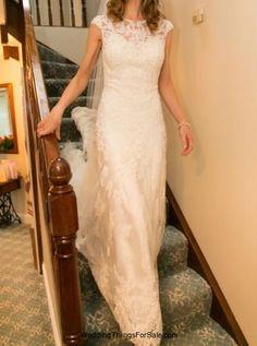 Essence of Australia wedding dress size 10-12 & wedding veil