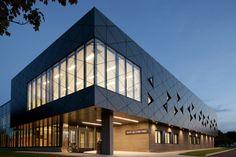 Imagem 5 de 15 da galeria de Centro Multifuncional Saint-Apollinaire / Parka. Cortesia de Parka – Architecture & Design