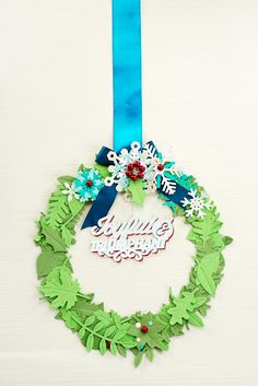 Make a papercraft wreath with our how-to in the Christmas Special 2014 edition of Crafts Beautiful...