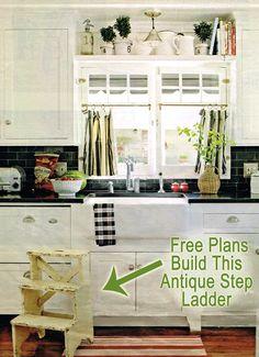 Free Antique Ladder Building Plans remodelaholic.com