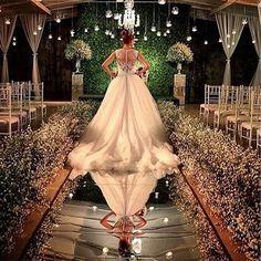 Wedding Ceremony Flowers Aisle Events New Ideas Wedding Ceremony Flowers, Wedding Stage, Wedding Goals, Wedding Book, Wedding Reception, Dream Wedding, Glamorous Wedding, Trendy Wedding, Perfect Wedding