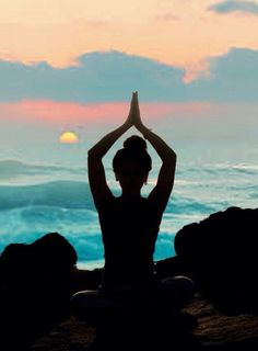 ✋Download Yoga Time app. A yoga studio in your pocket. #yoga #videos #app