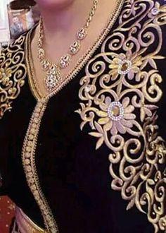 Buy fabrics in India Embroidery Fashion, Beaded Embroidery, Embroidery Patterns, Hand Embroidery, Embroidery Dress, Bordados Tambour, Caftan Gallery, Arabic Dress, Moroccan Caftan