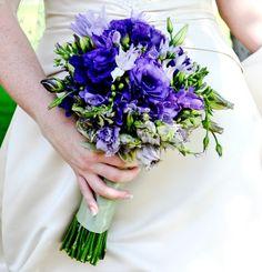 Google Image Result for http://www.flower-arrangement-advisor.com/images/blue_anemone_bouquet.jpg