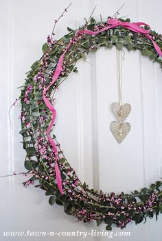DIY Eucalyptus Wreath will leave your home smelling wonderful!
