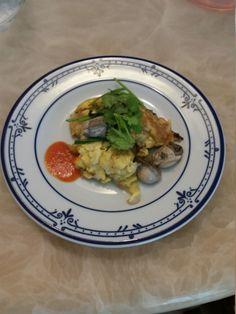 Or Luak (Oyster omelette) @ http://allrecipes.asia
