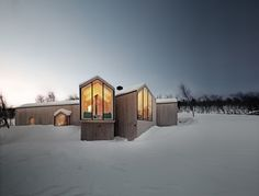 Reidulf Ramstad | Split View Mountain Lodge @ Oslo, Norway. RRA_Havsdalen-29©Søren_Harder_Nielsen.jpg #design #architecture #interior