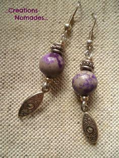 Boucles d'oreille originales en pierres violettes et argent : Boucles d'oreille par creations-nomades