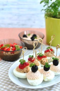 Party Snacks, Panna Cotta, Cheesecake, Food And Drink, Cooking Recipes, Ethnic Recipes, Desserts, Aesthetic Food, Woodwind Instrument