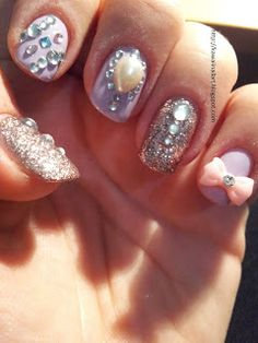 Kawaii Nail Art: Pearls, Glitter and Rhinestone
