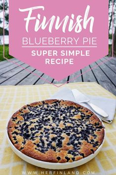 Fabulous Finnish Blueberry Pie: Super Simple, No-Mess Style! Learn how to make this super easy Finnish blueberry pie that melts in your mouth! Blueberry Pie Recipes, Easy Pie Recipes, Other Recipes, Baking Recipes, Pie Dessert, Dessert Recipes, Drink Recipes, Just Desserts, Finland