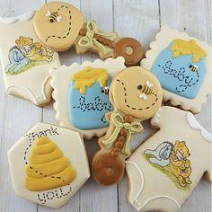 Baby Shower Cookies, Baby Shower Fun, Baby Shower Gender Reveal, Baby Cookies, Baby Shower Parties, Baby Shower Themes, Shower Ideas, Winnie The Pooh Birthday, Baby Birthday