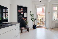 our very first apartment: Farba tablicowa - co, gdzie, jak?