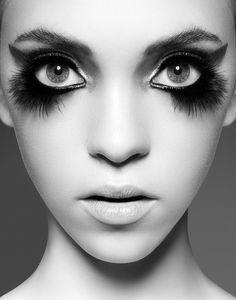 Amazing Bird Makeup Tips and Tutorials - editorial, avant garde, chic, fashion, Beauty Make-up, Hair Beauty, Beauty Stuff, Crazy Makeup, Makeup Looks, Bird Makeup, Owl Makeup, Raccoon Makeup, Face Makeup