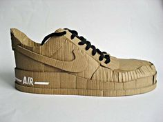 Just do it! With cardboard... Nike Air cardboard shoe. No soy fan del resultado pero con otro material podría funcionar