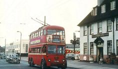 Shannon Corner, New Malden before the flighover was built in the London Bus, Old London, Local History, World History, Early Childhood, Childhood Memories, Kingston Upon Thames, Bus Coach, London Transport