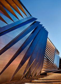 Zaha Hadid /eli and edythe broad art museum  image © paul warchol